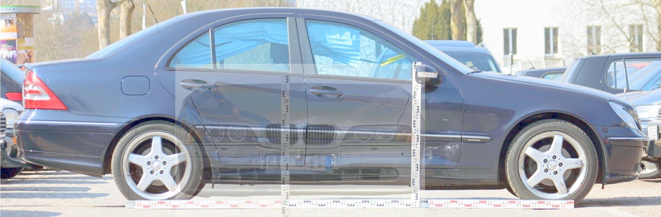 Fahrzeuggegenueberstellung Unfall